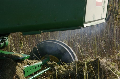 Still, the overly tall plants and the inability to raise the header any higher means too much stalk fibre is entering the cylinder and feeder chains, causing friction and eventually smoke emerging from the rear.....